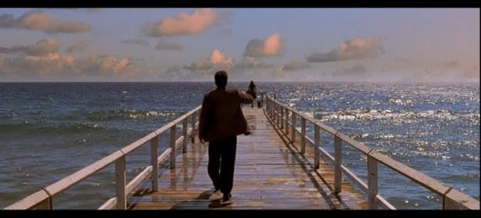 ¡¡Bienvenidos!! Sentid la brisa marina y escuchad el ritmo de las olas del confín del mundo.