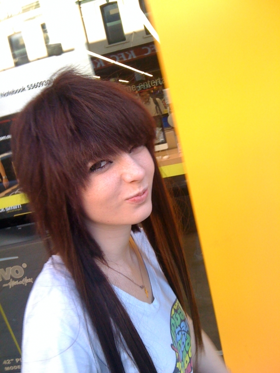 Emo hair cut for girls emo hair color ideas for girls emo hair cut for girls 2g solutioingenieria Images