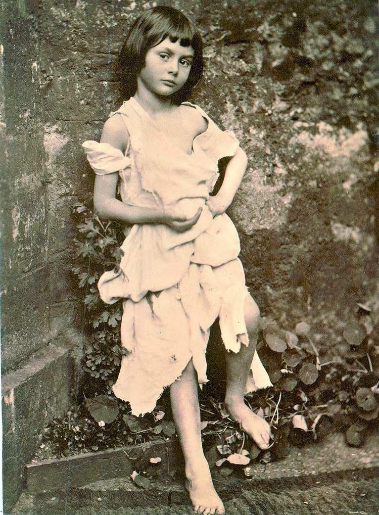 niña en la que se inspiro Lewis Carroll para escribir Alicia en el país de las maravillas