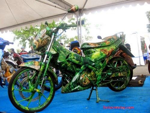 Modifikasi Suzuki Satria F150 Kadal Hijau