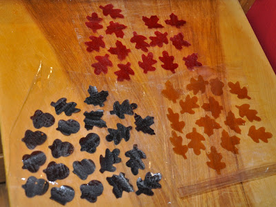 Cutting fruit leather leaves for fall lunches