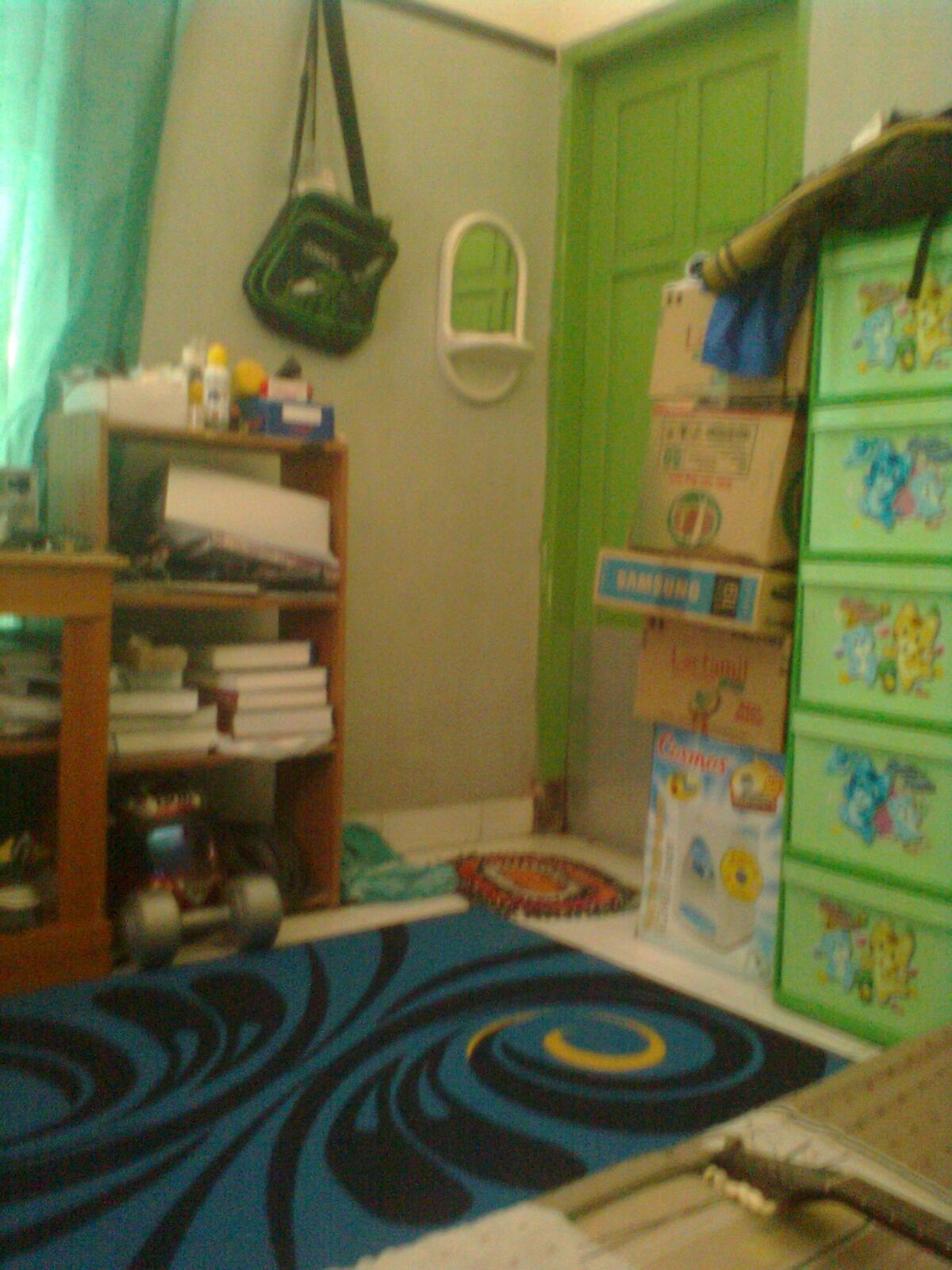 tips menata kamar untuk anak kost obat nyamuk
