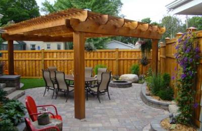 Front Range Lumber sells cedar.