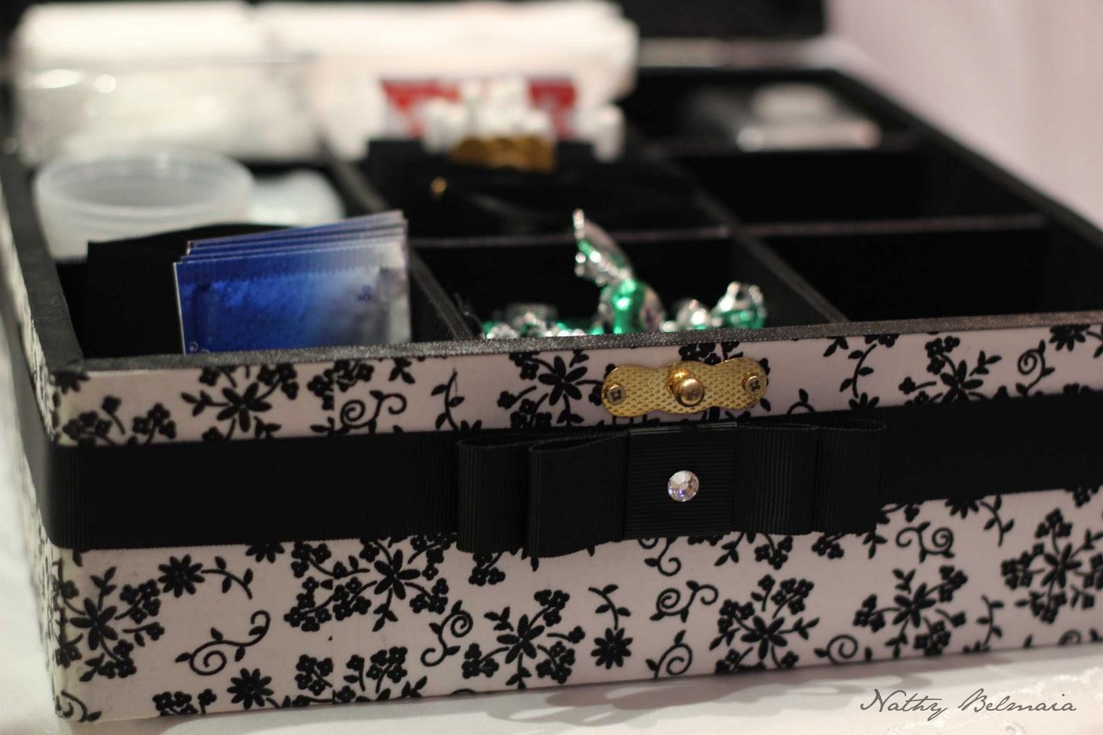 Banheiro: caixinha kit ressaca plaquinhas… (casamento e outras  #26386E 1600 1067