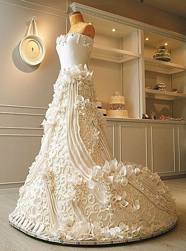 Unique Wedding Cake Ideas - Wedding Dress Cake