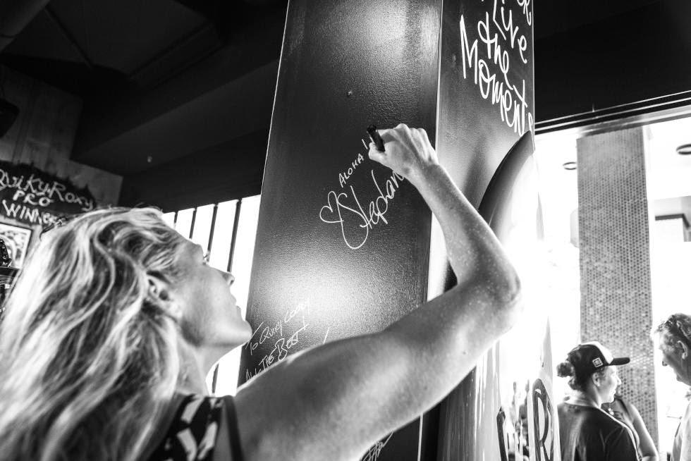 60 Roxy Pro Gold Coast 2015 Quiksilver and Roxy Pro Gold Coast Press Conference Foto WSL Kelly Cestari