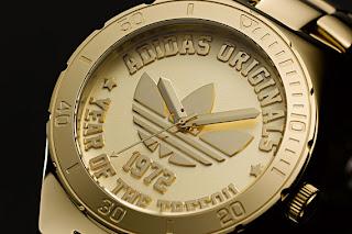 relojes dorados