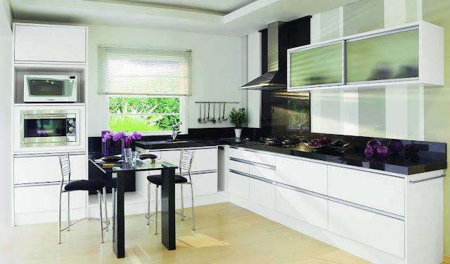 Decoração de Cozinha em branco em preto