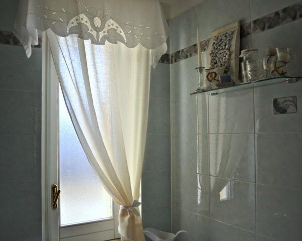 Ottobre 2014 stile bagno - Tende per finestre bagno ...