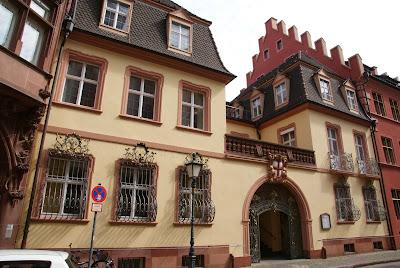 Tour della Foresta Nera in macchina: cosa vedere a Friburgo in un giorno