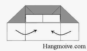 Bước 9: Gấp 2 cạnh 2 bên vào sao cho chúng vuông góc với cạnh còn lại