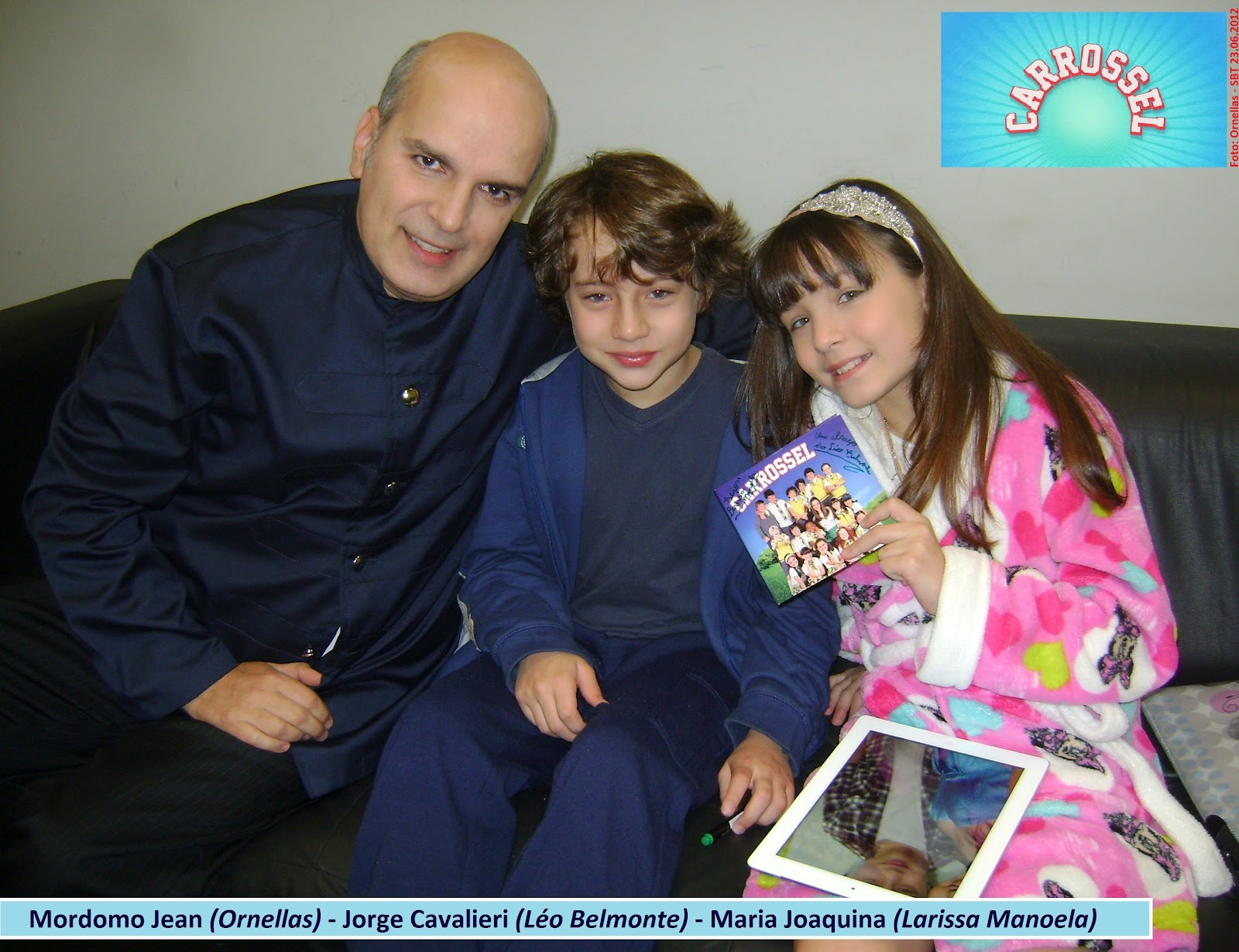 ... Jorge Cavalieri (Léo Belmonte) – Maria Joaquina (Larissa Manoela
