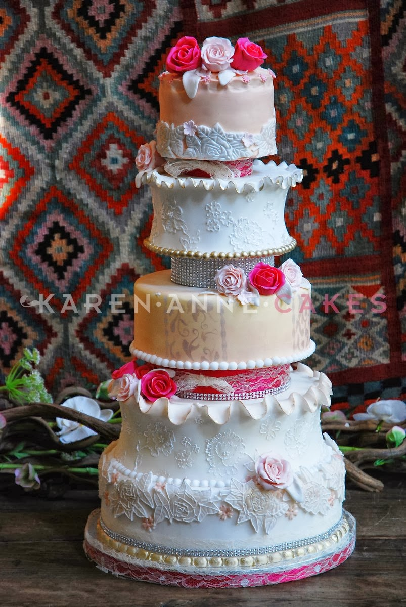 Heb Wedding Cakes 33 Popular Bruidstaart met kant en