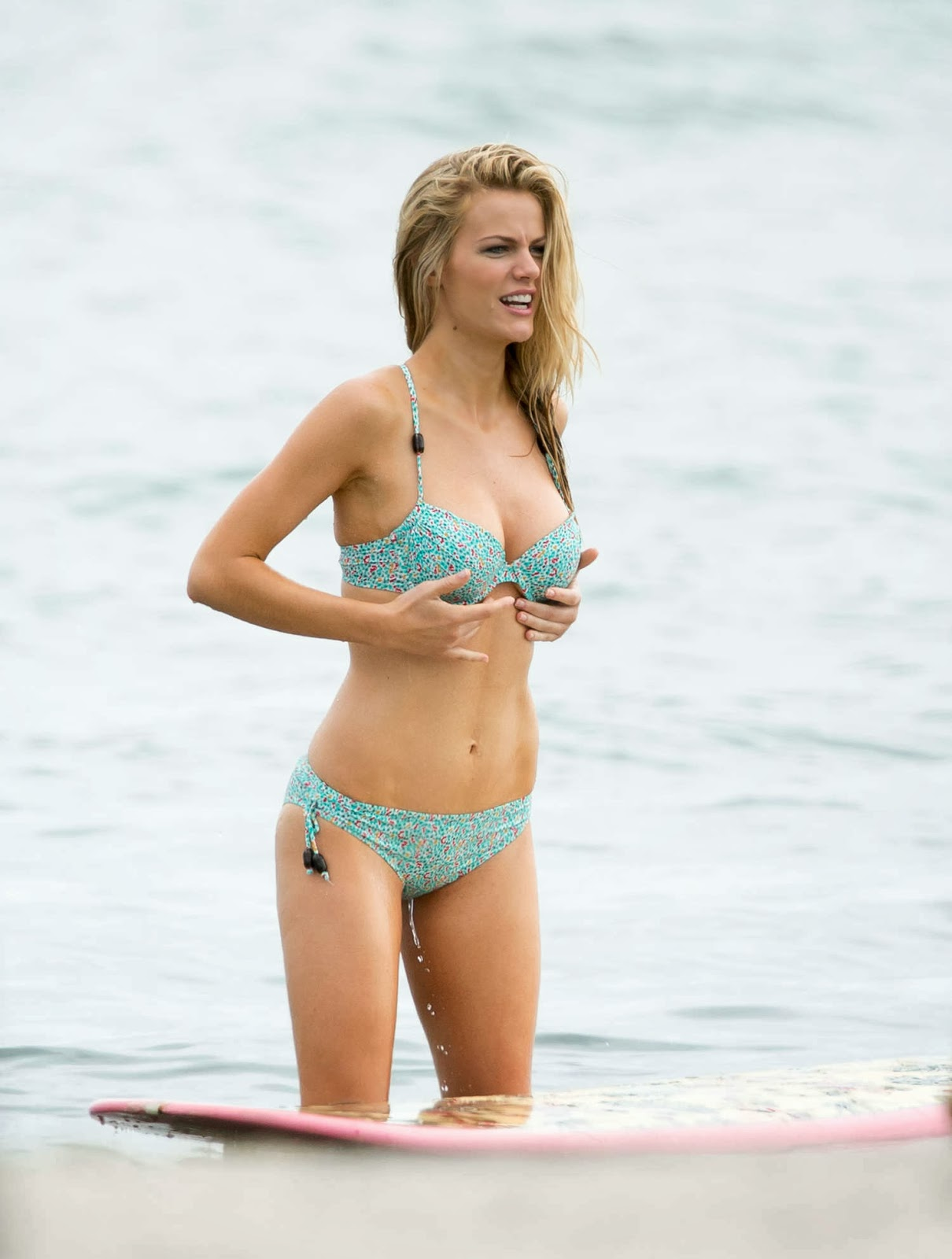 Brooklyn Decker Shows Off Bikini Body For Swimwear Shoot