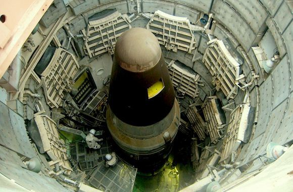Nuklir AS era Perang Dingin