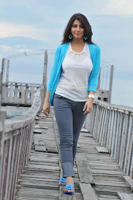 sarah sharma unseen pics