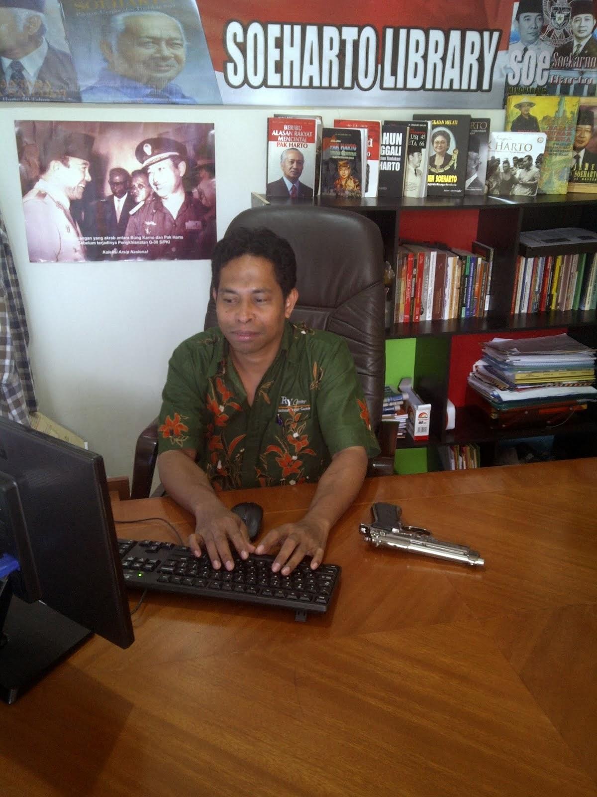 Kantor Pelitaonline.Com
