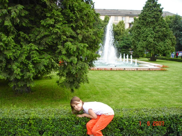 Daria in parc, poza pitita