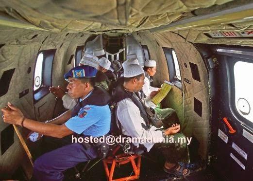 Doa 8 ustaz bergema di laut jawa untuk kesan bangkai pesawat qz8501