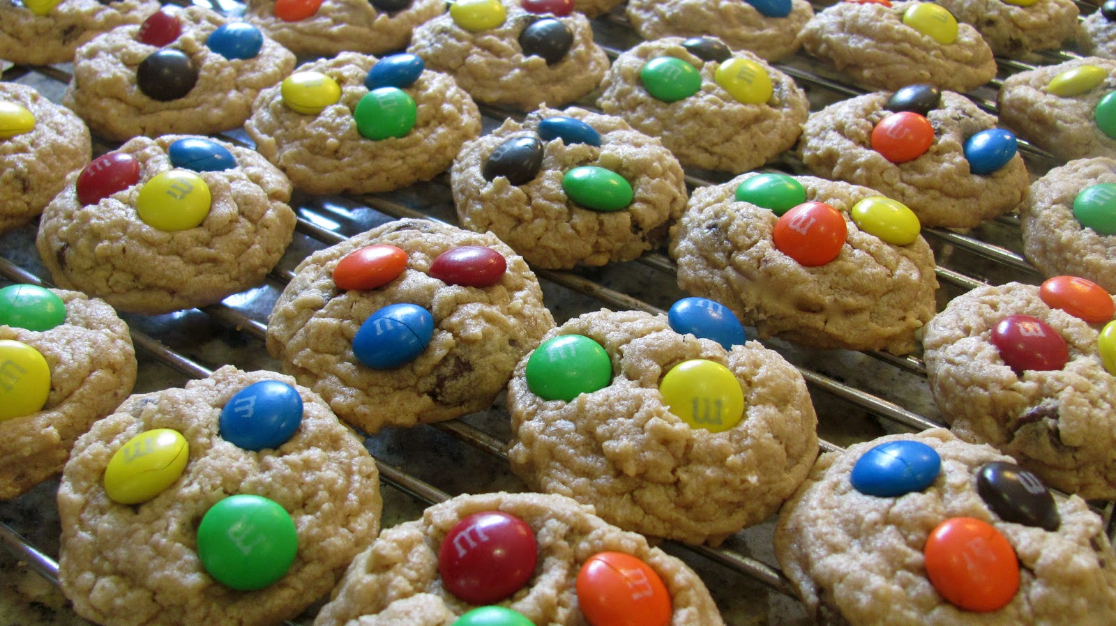 ... !: peanut butter chocolate chip oatmeal cookies with m&m's party
