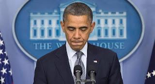 PRESIDEN Amerika Serikat Barack Obama terpeleset lidah dalam sebuah konferensi pers membicarakan ISIS. Dalam pernyataannya, Obama mengatakan bahwa AS melatih tentara ISIS.  Diberitakan RT, Rabu (8/7), pernyataan Obama itu disampaikan setelah mendapatkan penjelasan dari para pejabat keamanan soal upaya AS dalam mengalahkan ISIS, salah satunya adalah memberikan pelatihan bagi kelompok pemberontak moderat di Suriah.