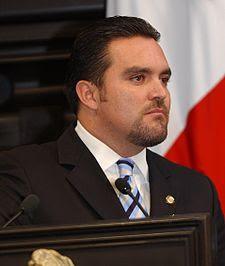 Federico Doring sigue siendo un burdo imitador del terrorista mediático José Solá.