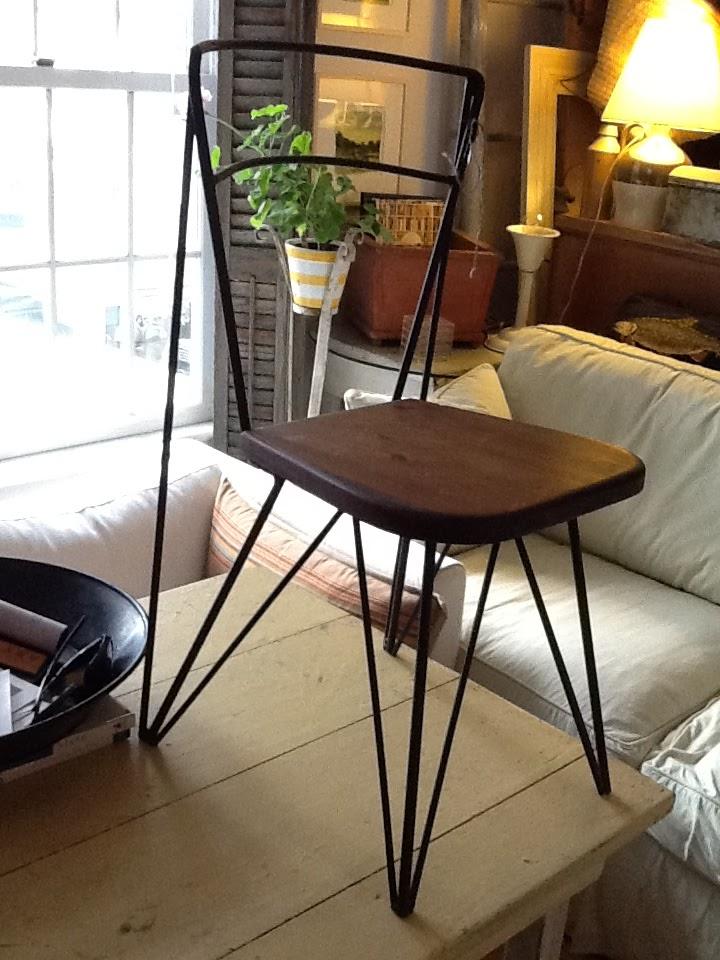 Superb Kidu0027s Hairpin Leg Chair