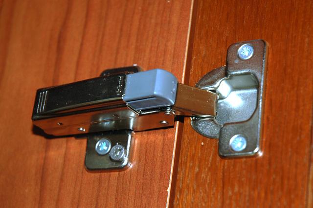 Как сделать навесы для двери 48