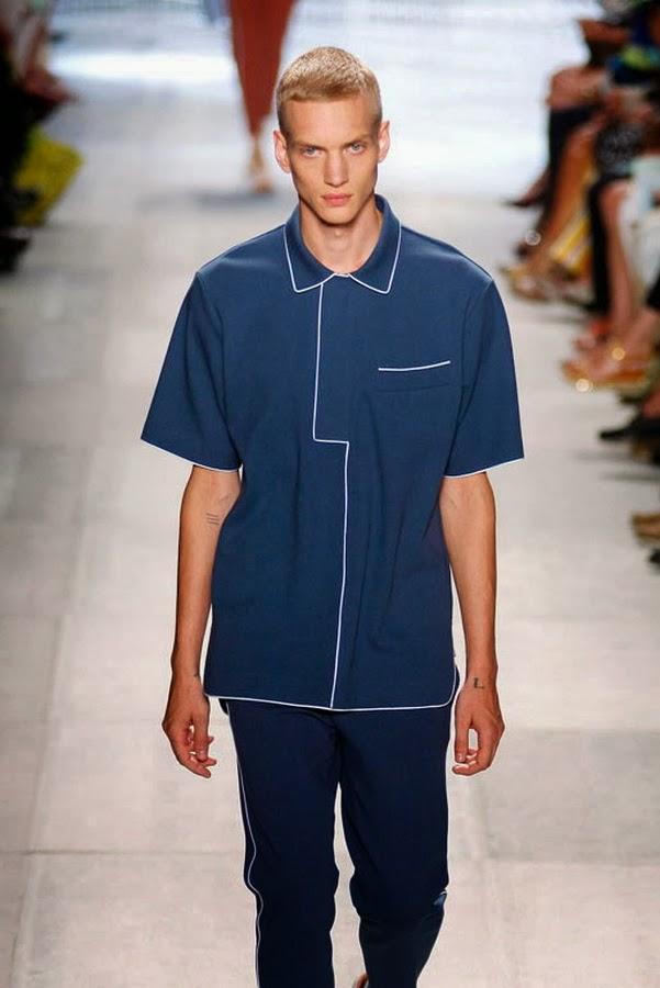 Если Вы поклонник мужской одежды Lacoste, я думаю в новой коллекции можно  легко подобрать что ни будь в свой гардероб. ad052a2ca0c
