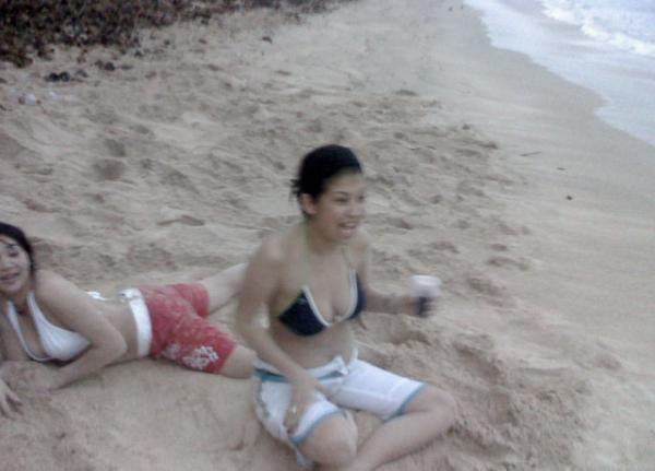 Foto Hot Cewe Seksi di Pantai
