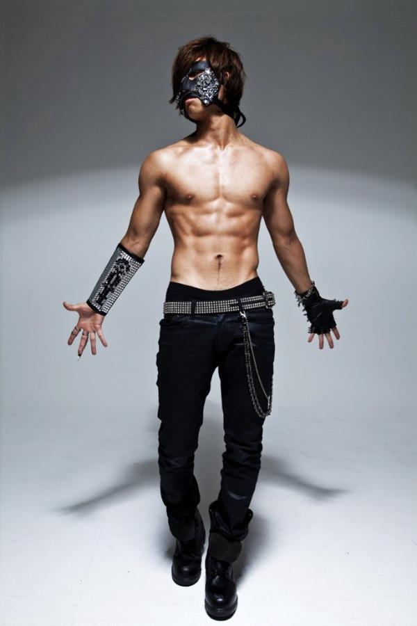 2pm korea pop hot telanjang dada personil 2pm