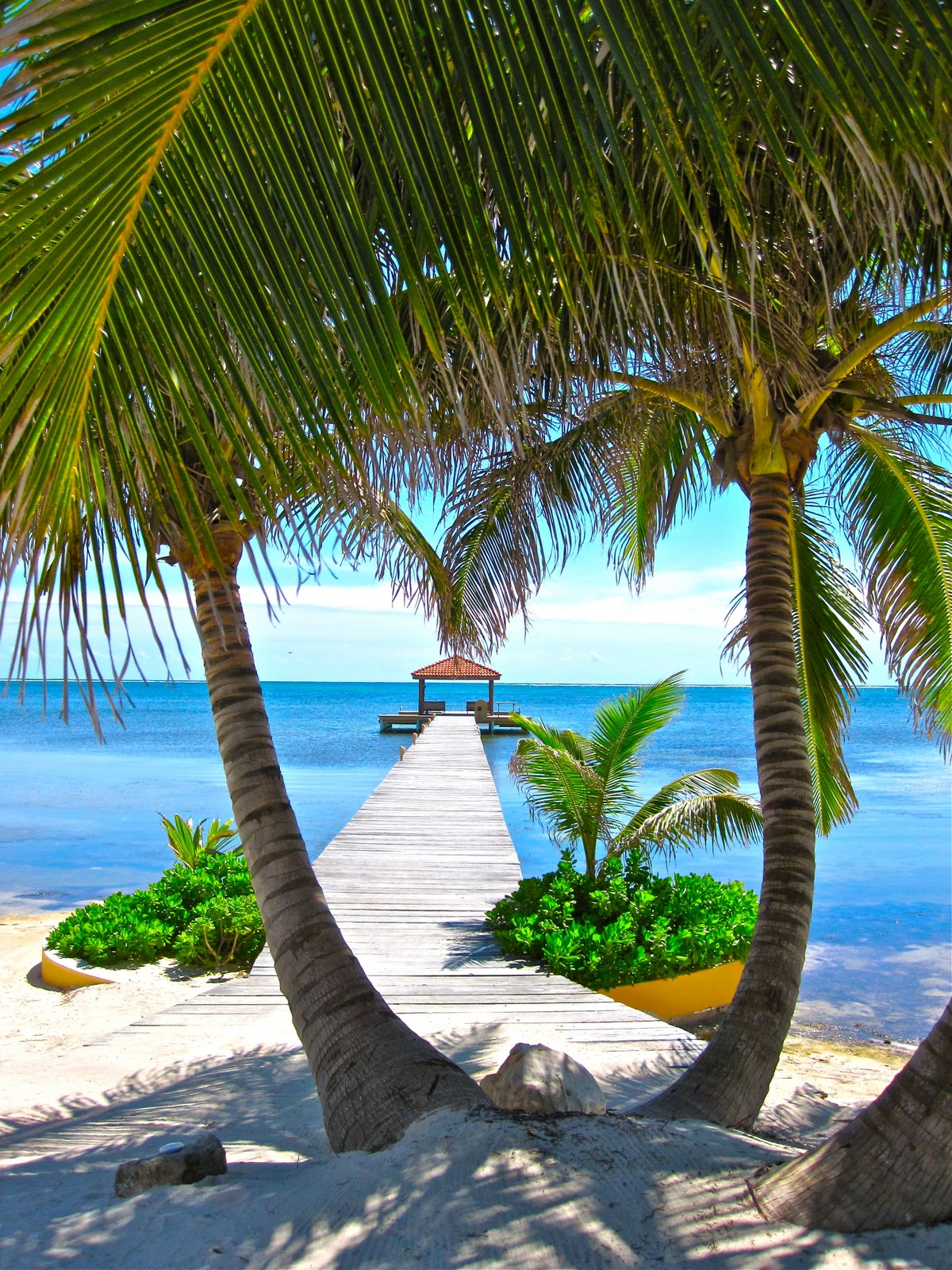 Travelmoon belize beaches for Best tropical beach vacations