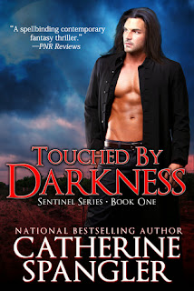 https://www.goodreads.com/book/show/18812781-touched-by-darkness?ac=1