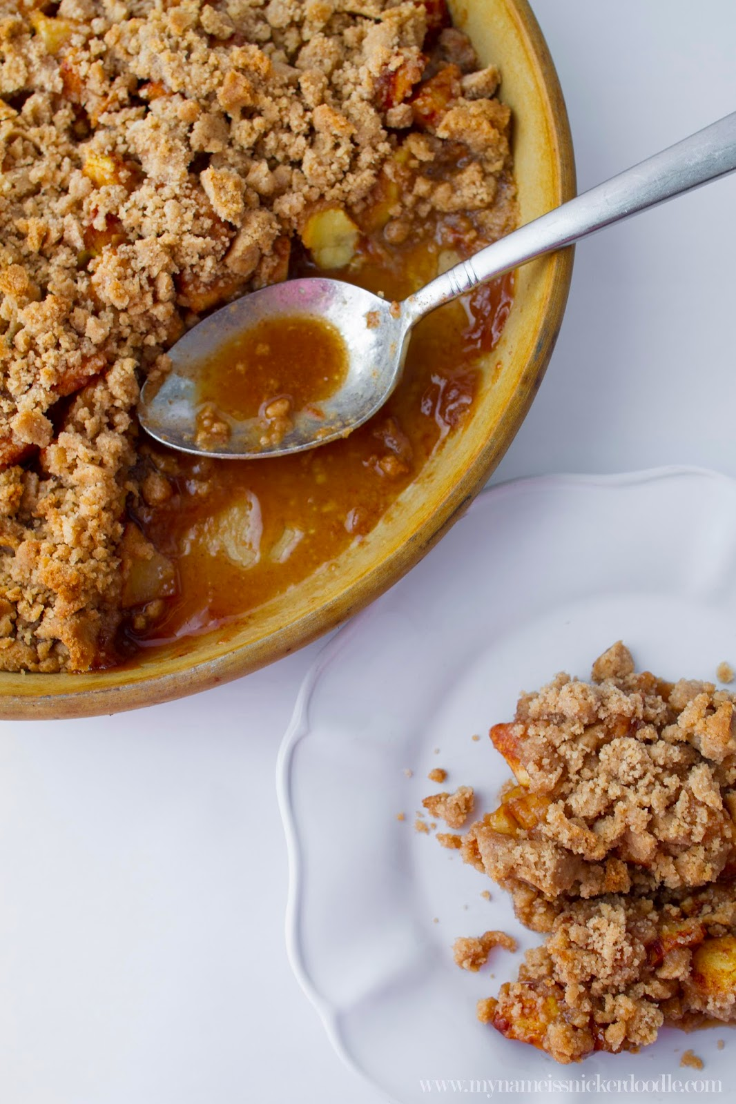 Classic Apple Crisp Recipe.  Made from simple ingredients and super yummy!  Totally great for a fall dessert!  |  My Name Is Snickerdoodle