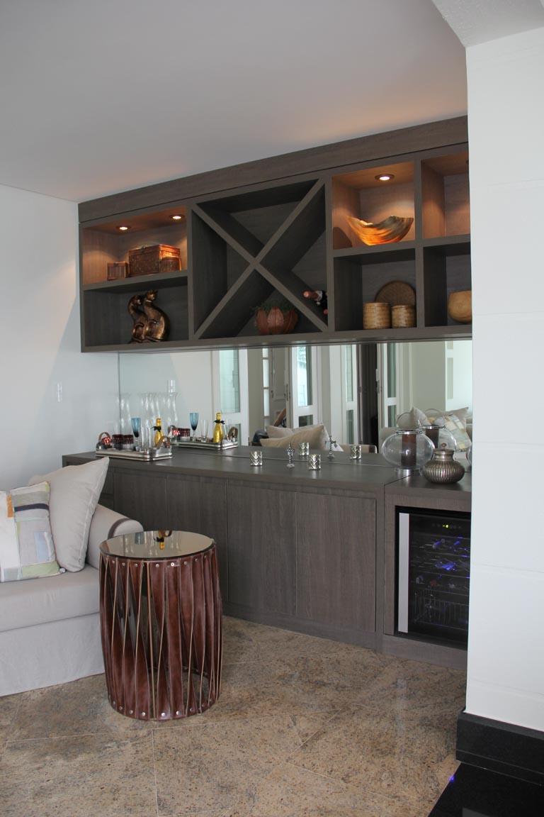 Adega Na Sala De Jantar Como Decorar A Sala De Jantar Sala De  -> Adega Para Sala De Jantar Pequena