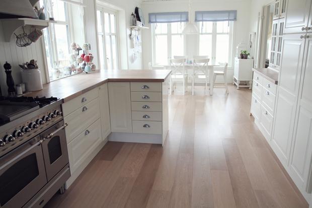 Jordbærpiken: kjøkkenet vårt
