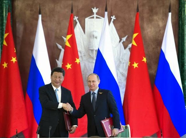 Пресс-подход Владимира Путина и Си Цзиньпина по итогам встречи 8 мая 2015 года видео подписание ключевых документов сотрудничества
