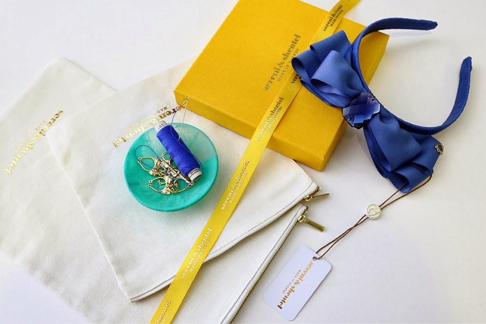 sereni-and-shentel-headband-and-box