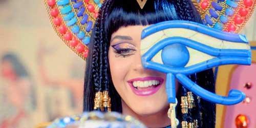 katy perry maquillada de egipcia