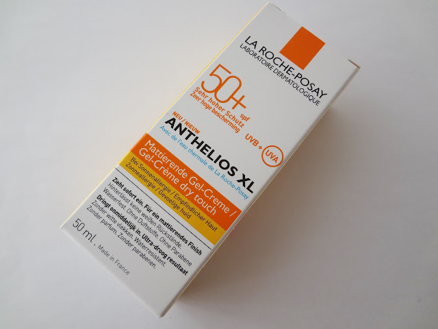 Review packaging: La Roche-Posay Anthelios XL Dry Touch Gel-Creme SPF 50+