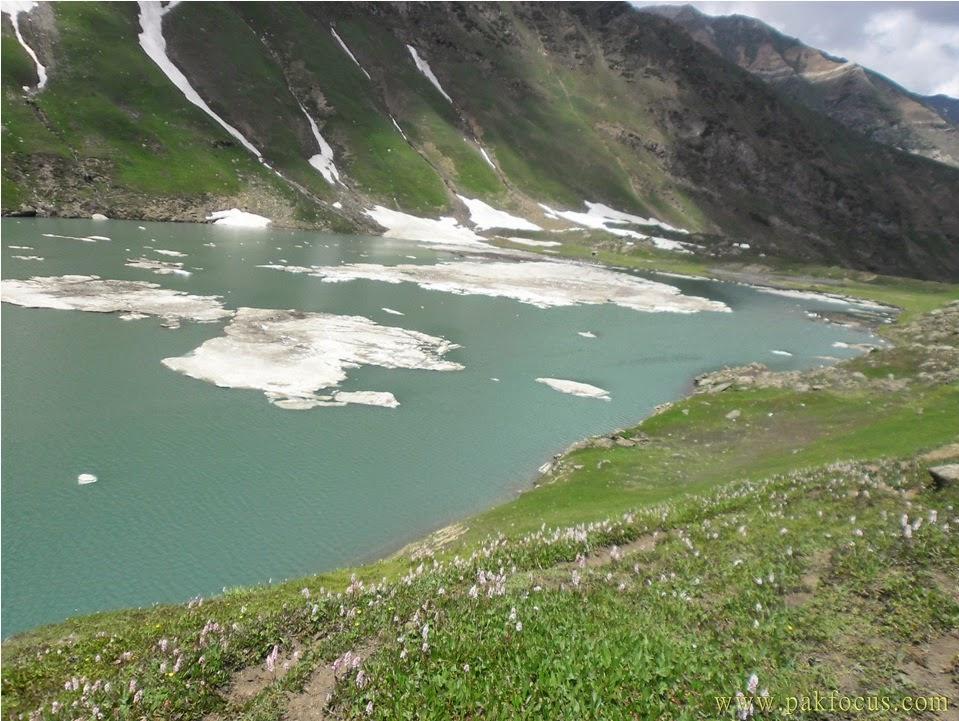 beautiful saral lake
