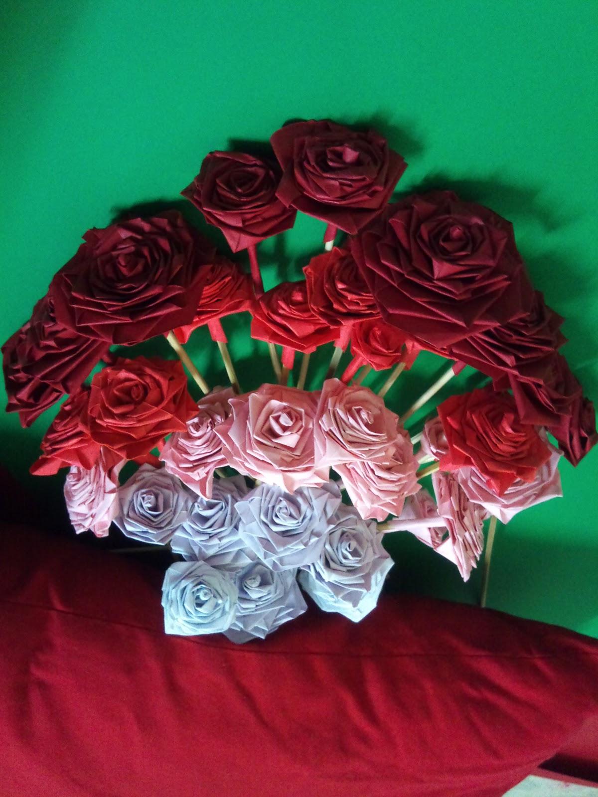 Artikel tentang Bunga Dari Kertas Origami hanya ada di cahousekeeping