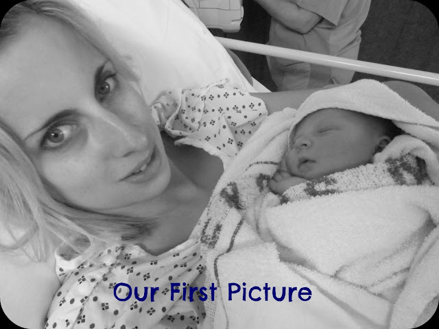 first photo, newborn baby, first photo of mother and baby, labour photo