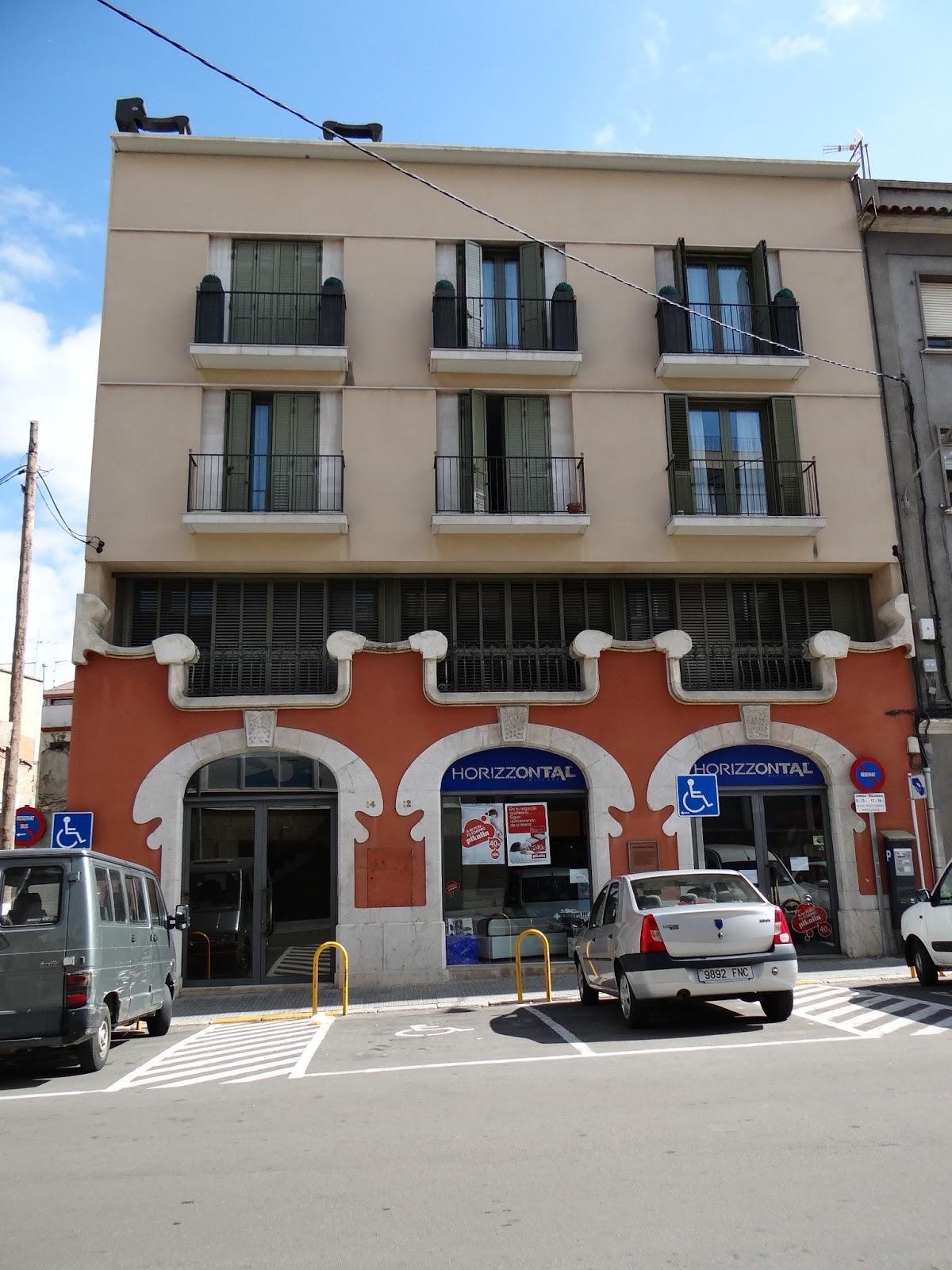 Tot son punts de vista magatzem de mag figueres i for Morato vilafranca