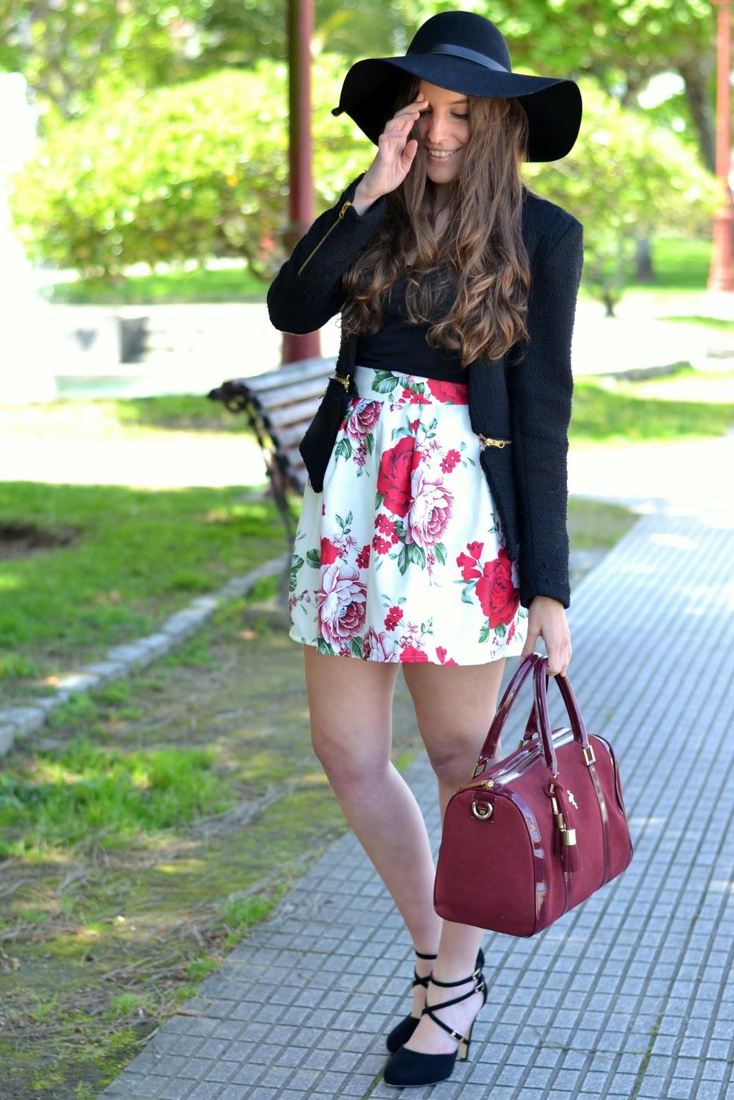 combinar falda flores