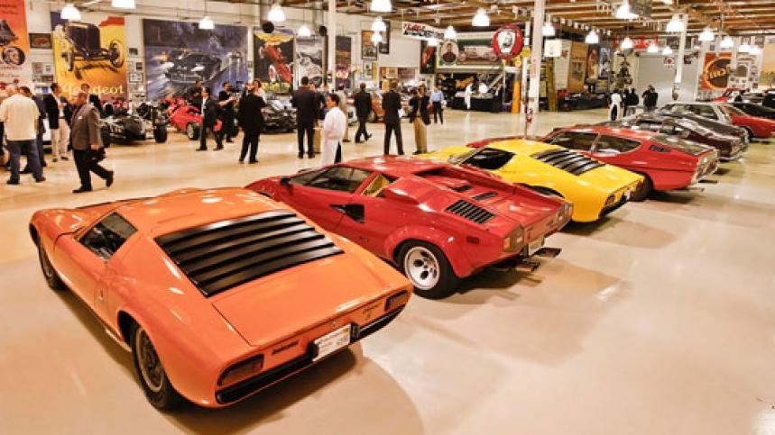 Colecciones y museos big dog el garage de jay leno - Garaje de coches ...