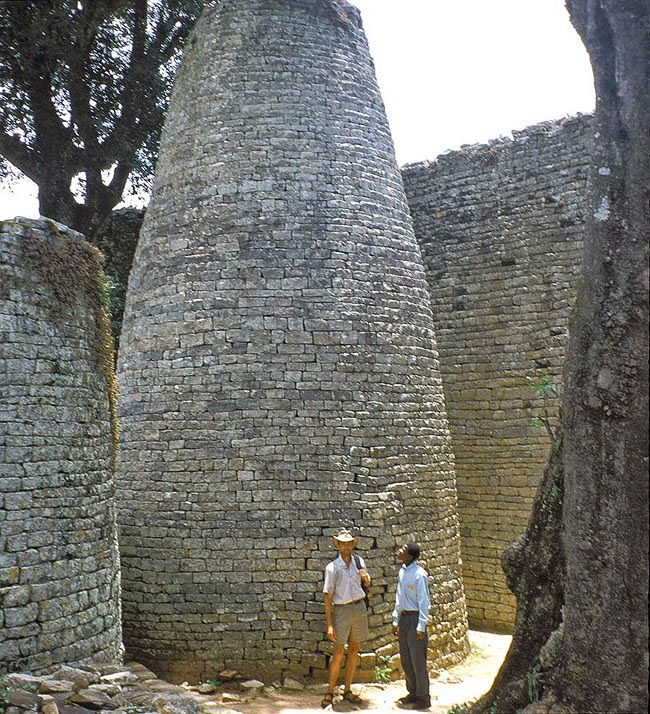 stone stacker great zimbabwe. Black Bedroom Furniture Sets. Home Design Ideas