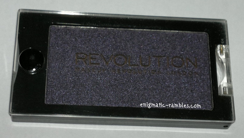 Makeup-Revolution-Eyeshadow-I-Wont-Be-Alone