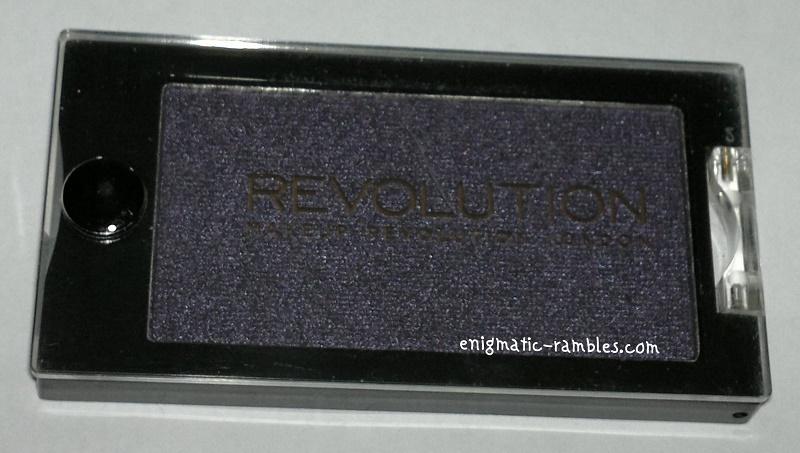Makeup-Revolution-Eyeshadow-I-Wont-Be-Alone