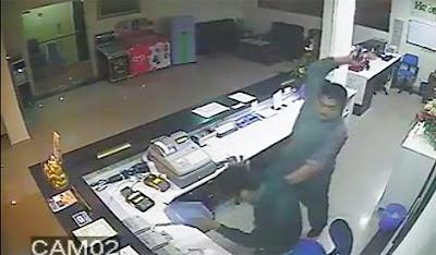 Video Polis Pukul Pekerja Hotel Guna Pistol Kerana Aiskrim?